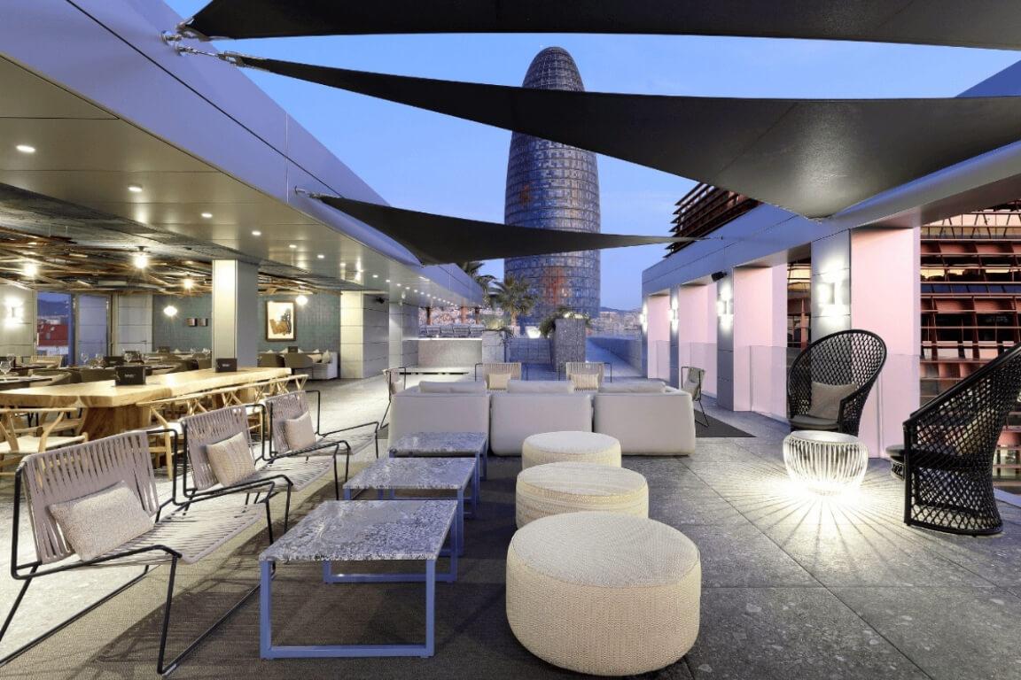 terraza_elvoladis_hotelsbglow